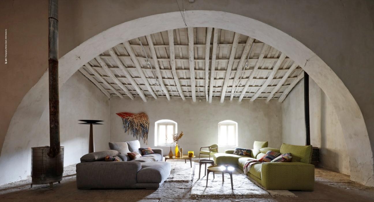 roche bobois laps. Black Bedroom Furniture Sets. Home Design Ideas